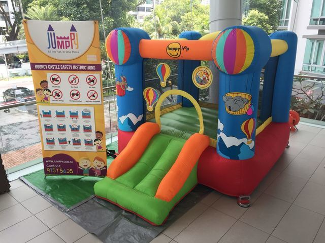Hotair-Balloon-Bouncy-Castle-2-Singapore